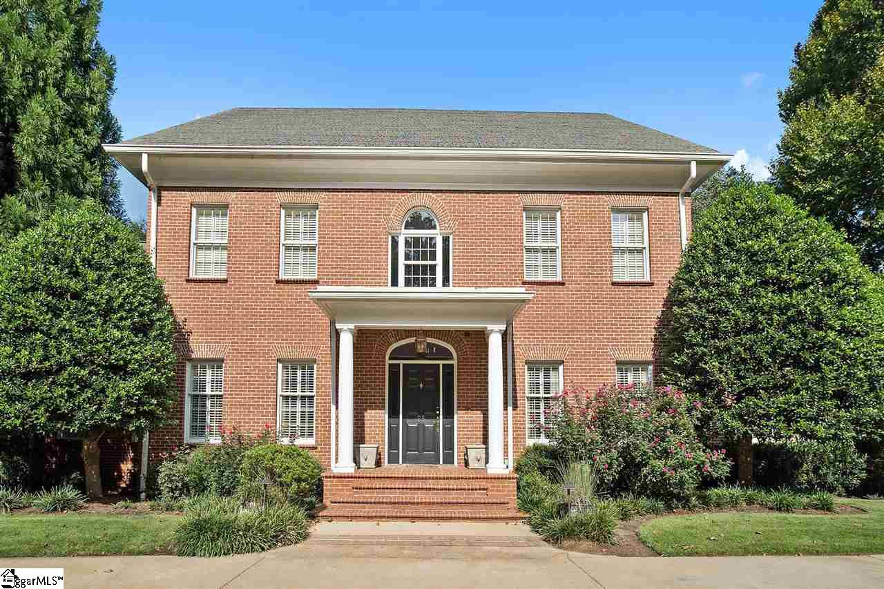 25 Club Forest Lane, Greenville, SC 29605