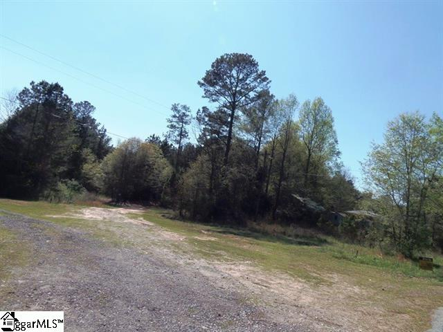 273 Wagon Wheel Road, Cowpens, SC 29330