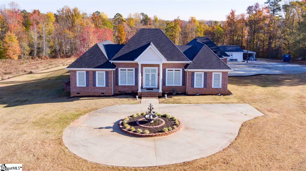 410 Berry Road, Taylors, SC 29687