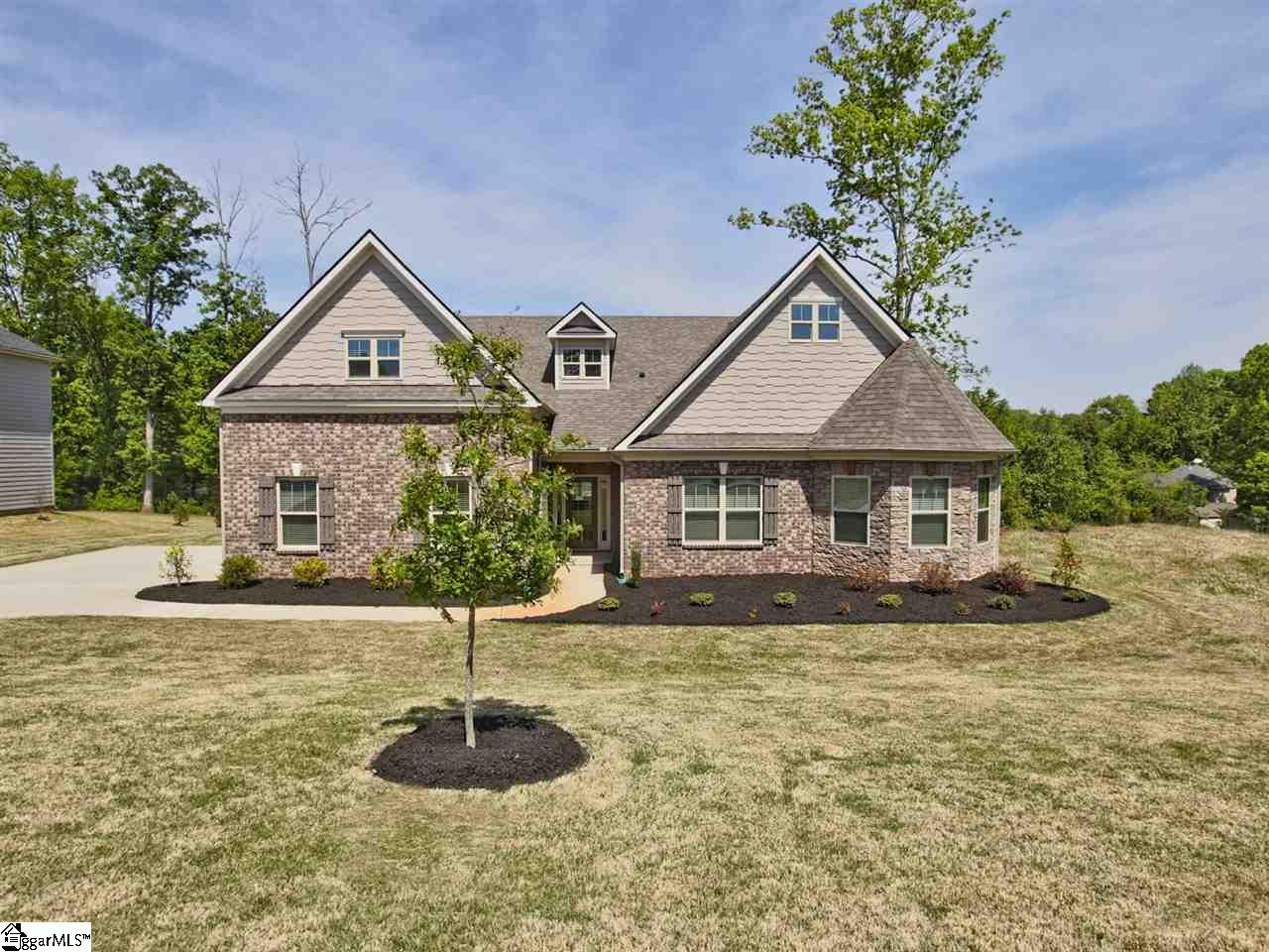 113 Ridgewater Court, Fountain Inn, SC 29644