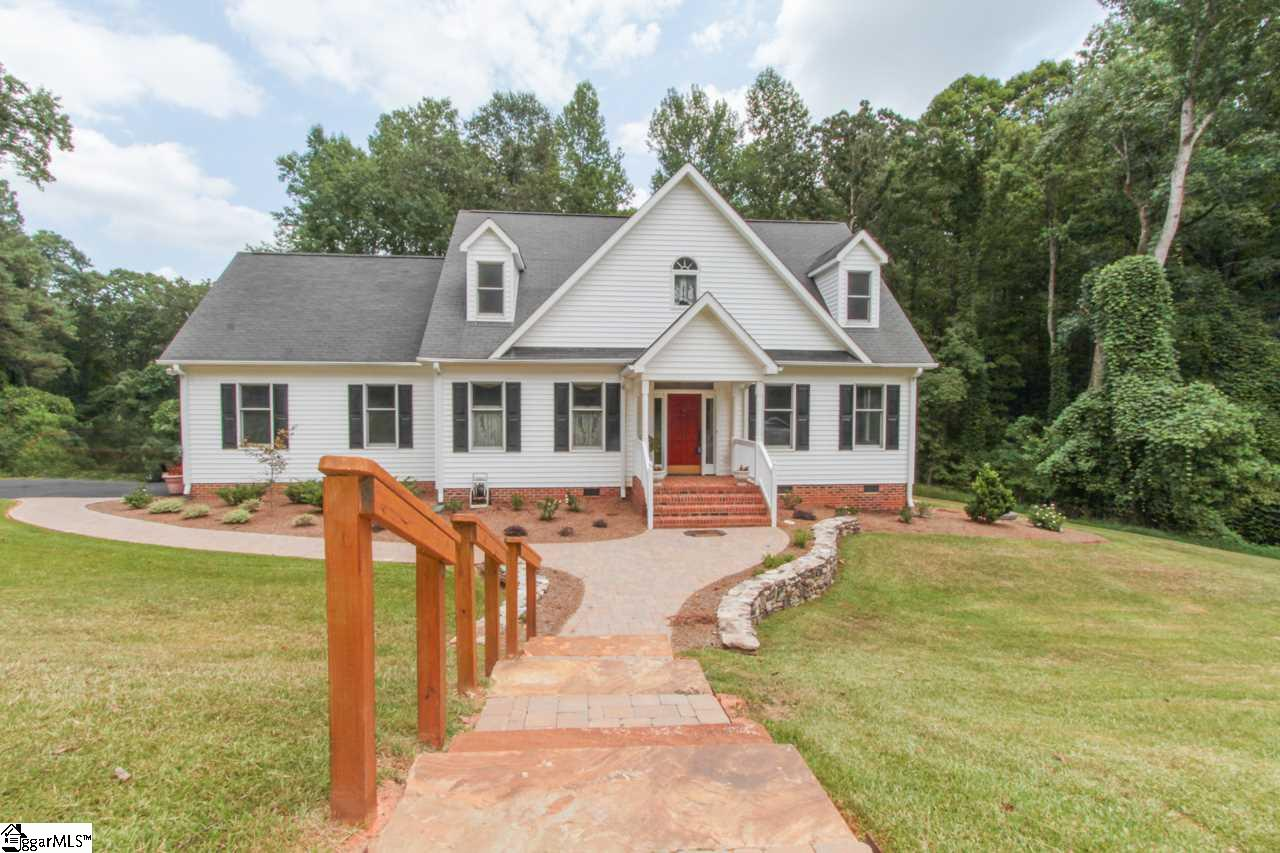 727 Three Wood Lane, Woodruff, SC 29388