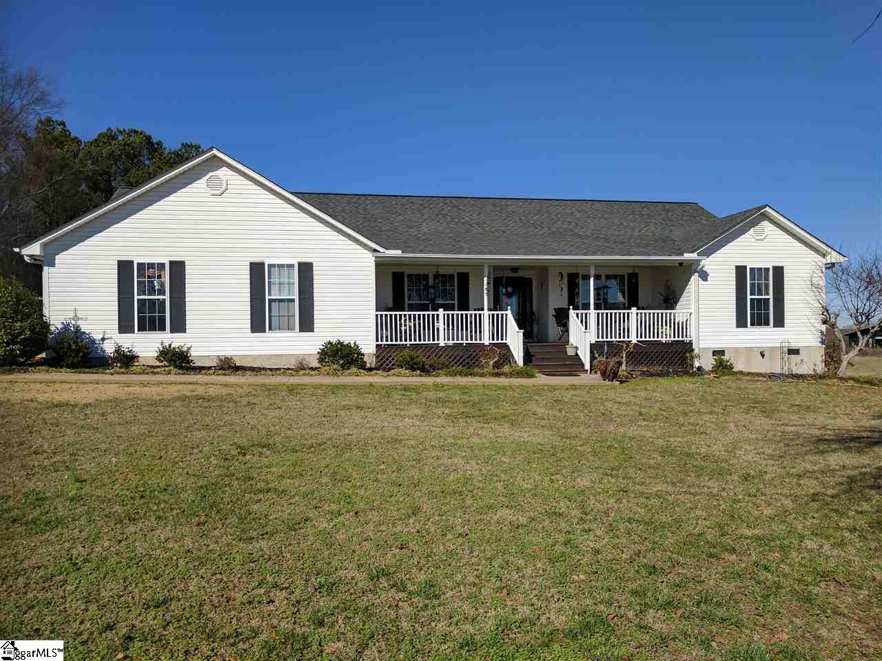 185 Wofford Road, Woodruff, SC 29388