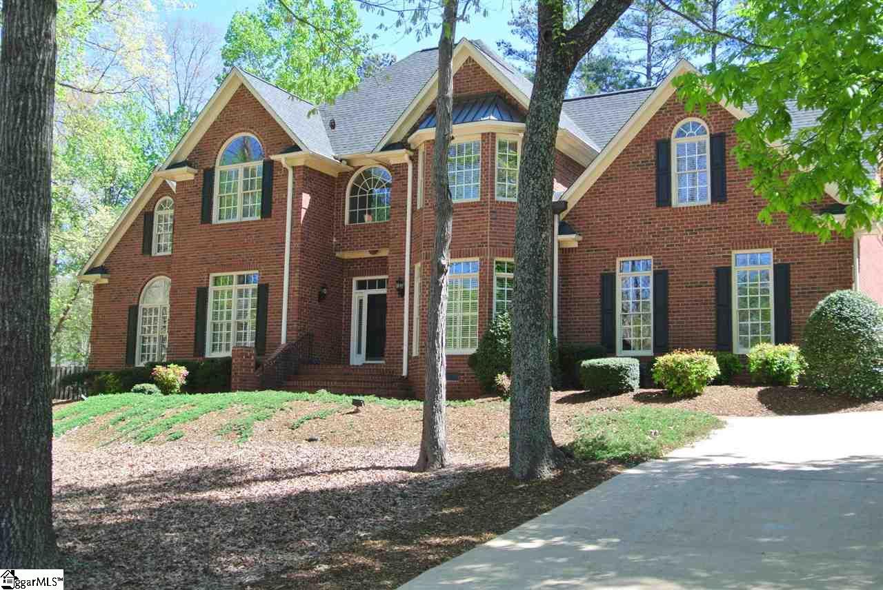 111 W Woodglen Road, Spartanburg, SC 29301