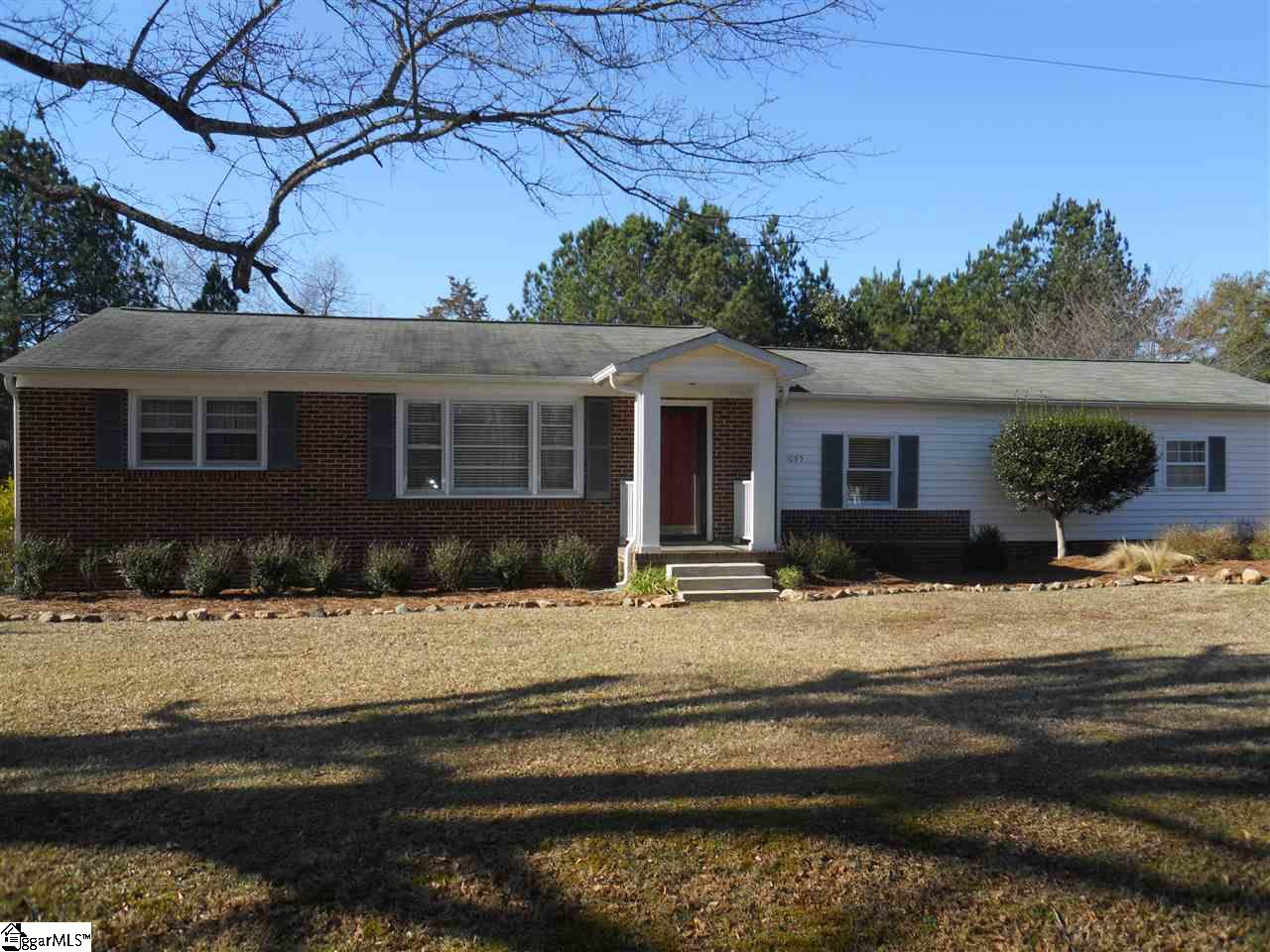 1095 Horseshoe Falls Road, Enoree, SC 29335
