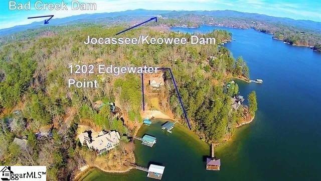 1202 Edgewater Pointe, Salem, SC 29676