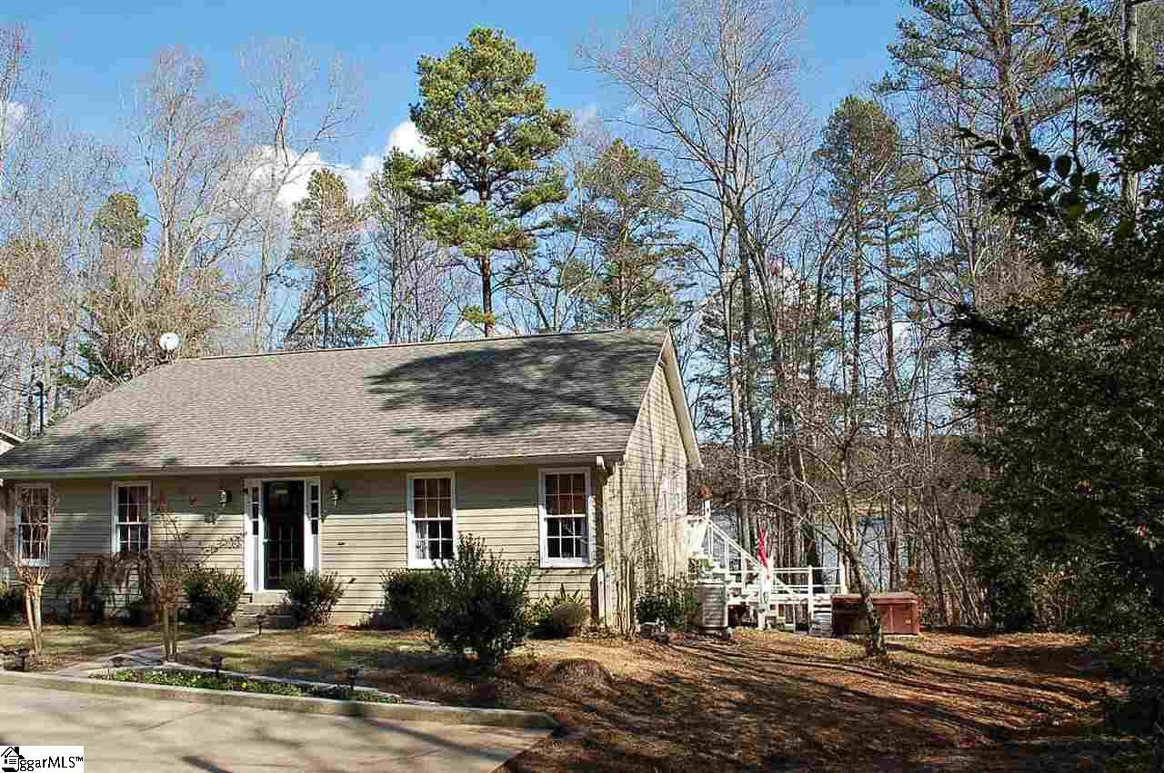 8 Hickory Hill Lane, Martin, GA 30557