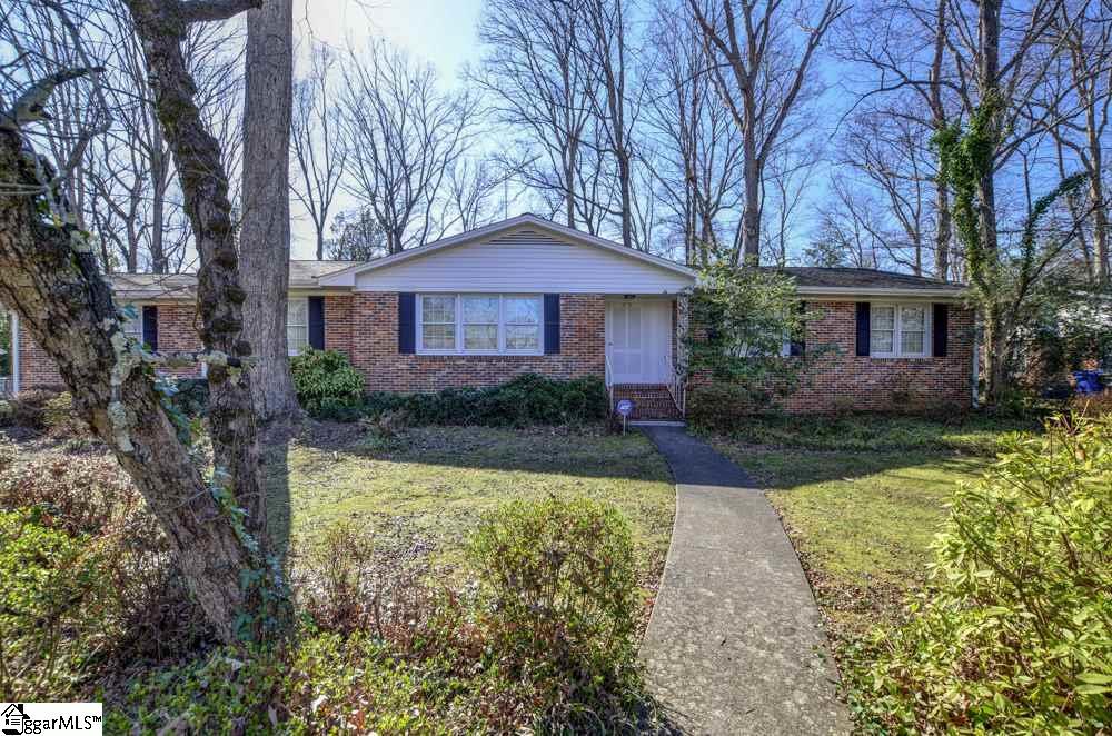 29 Hiawatha, Greenville, SC 29615