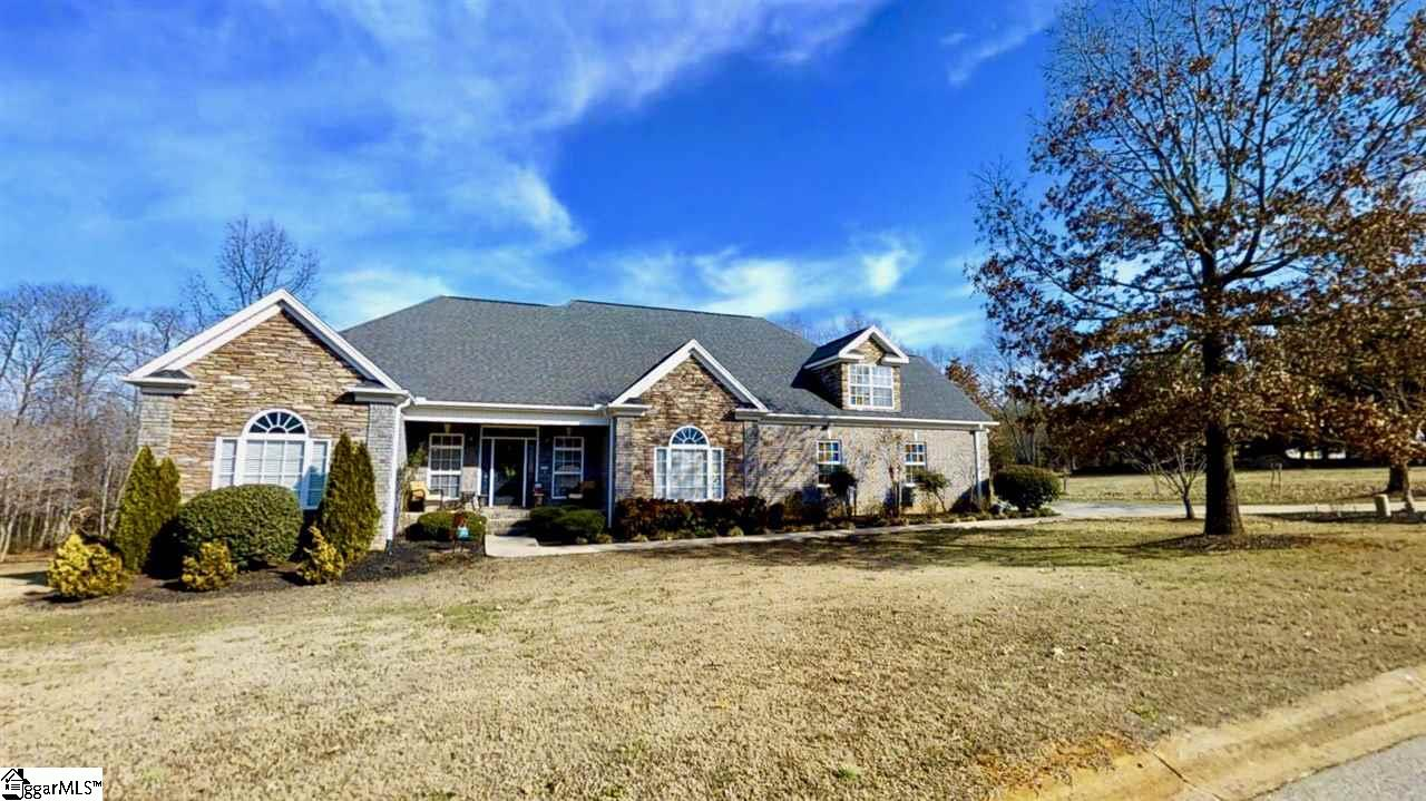 301 Falcon Prey Court, Taylors, SC 29687