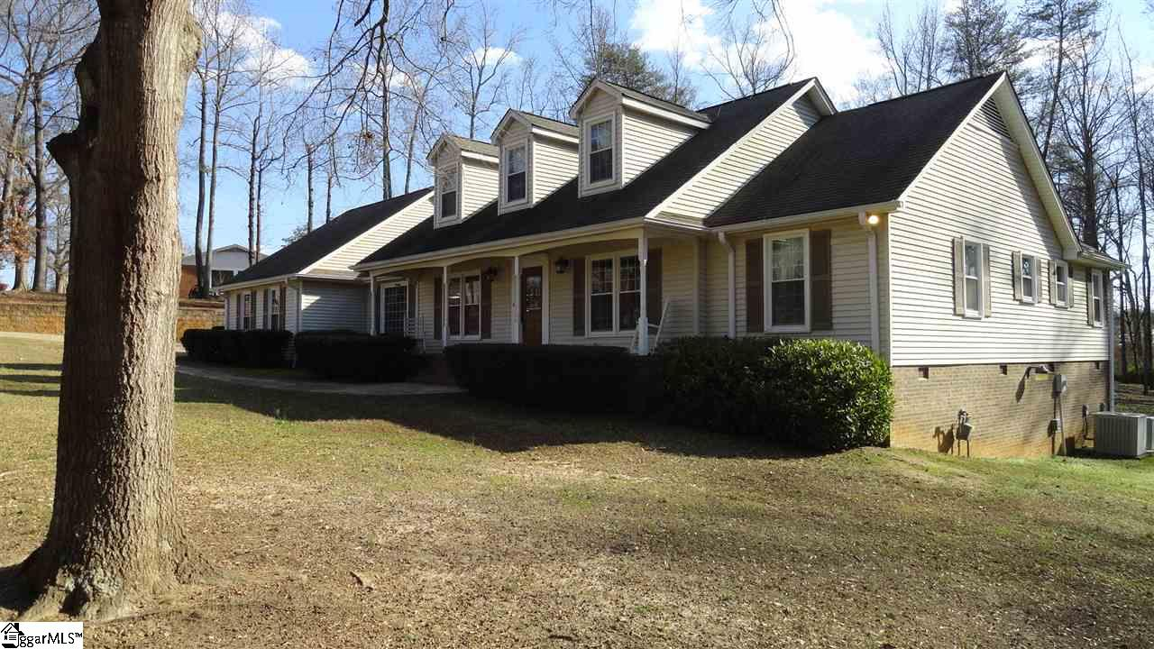 215 Sandra, Greenville, SC 29611