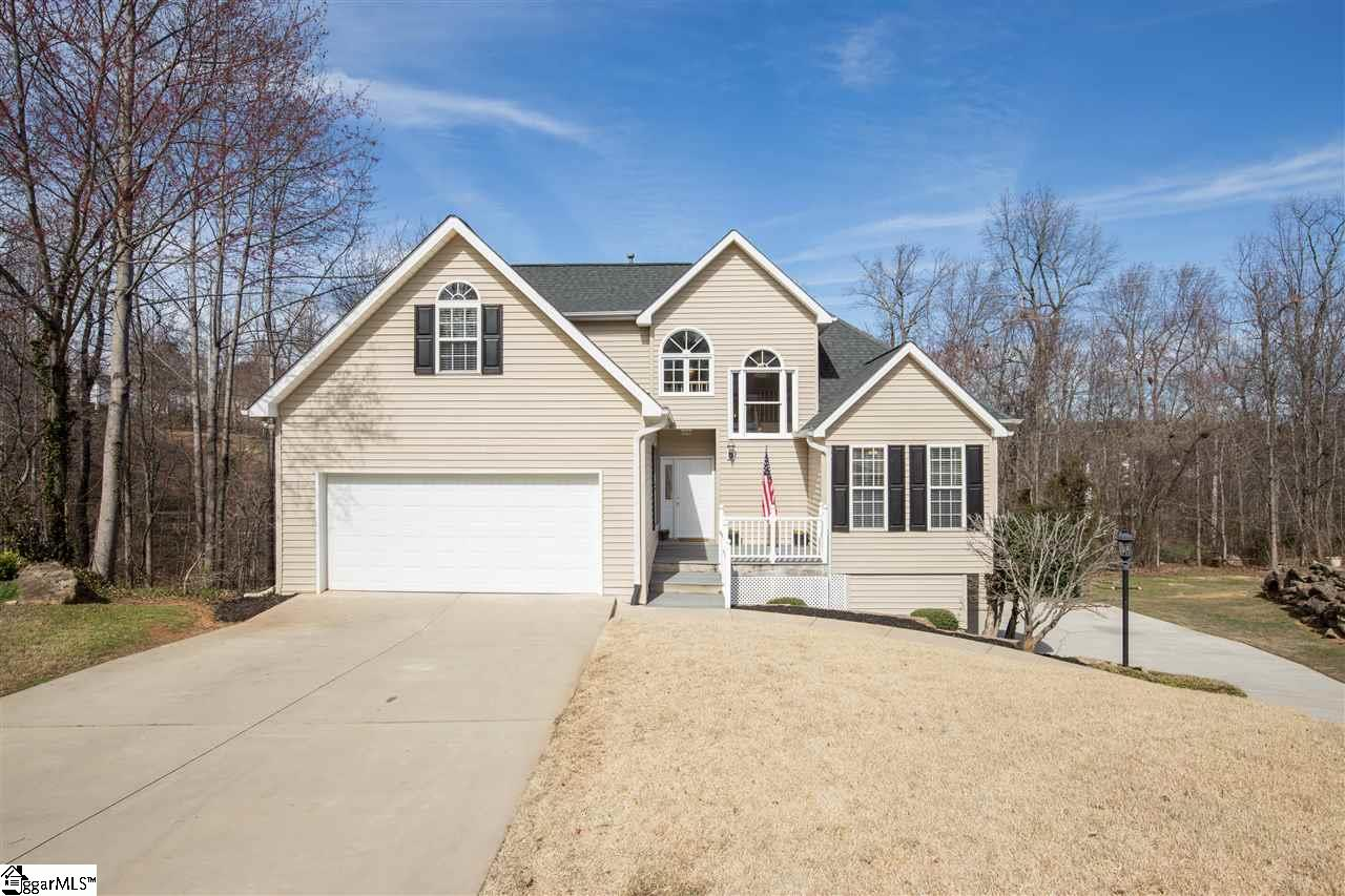 18 Julesking Court, Greenville, SC 29609