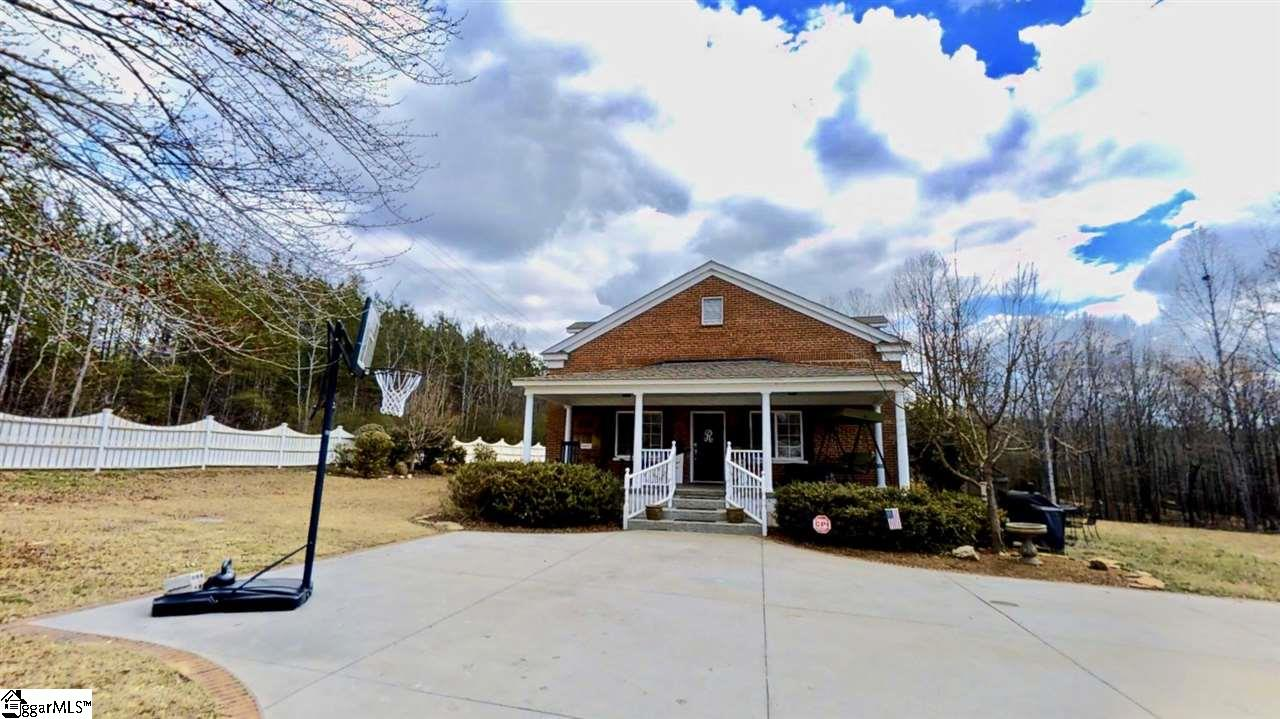 1231 Chinquapin, Travelers Rest, SC 29690