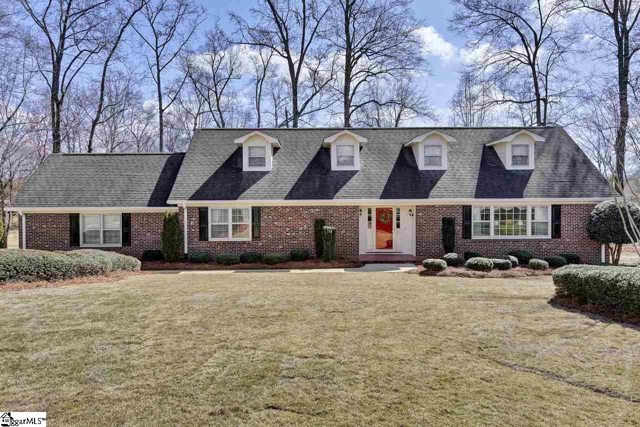 203 Long Point Way, Simpsonville, SC 29681