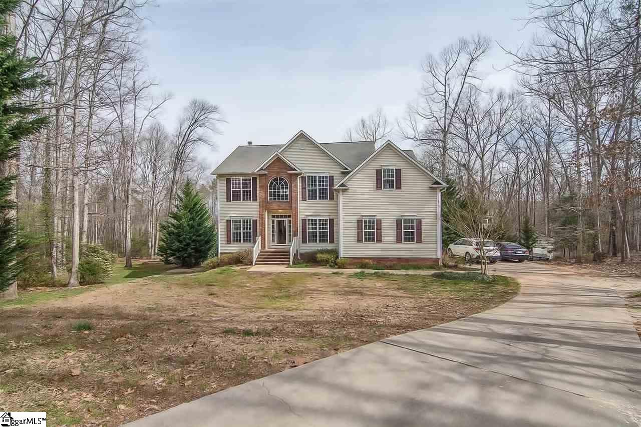 138 Pleasant Woods Road, Piedmont, SC 29673