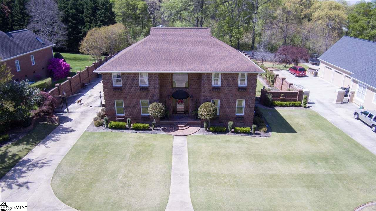 9 Country Squire Court, Greenville, SC 29615