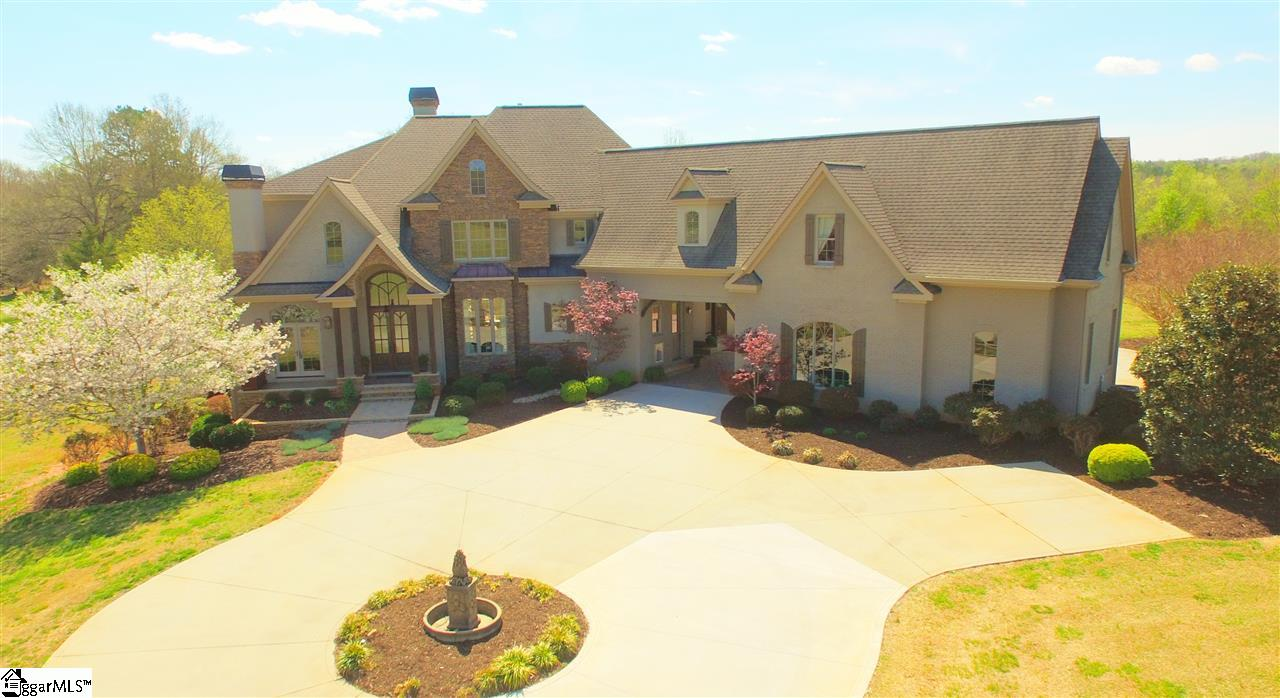 208 Bruce Farm Road, Simpsonville, SC 29681