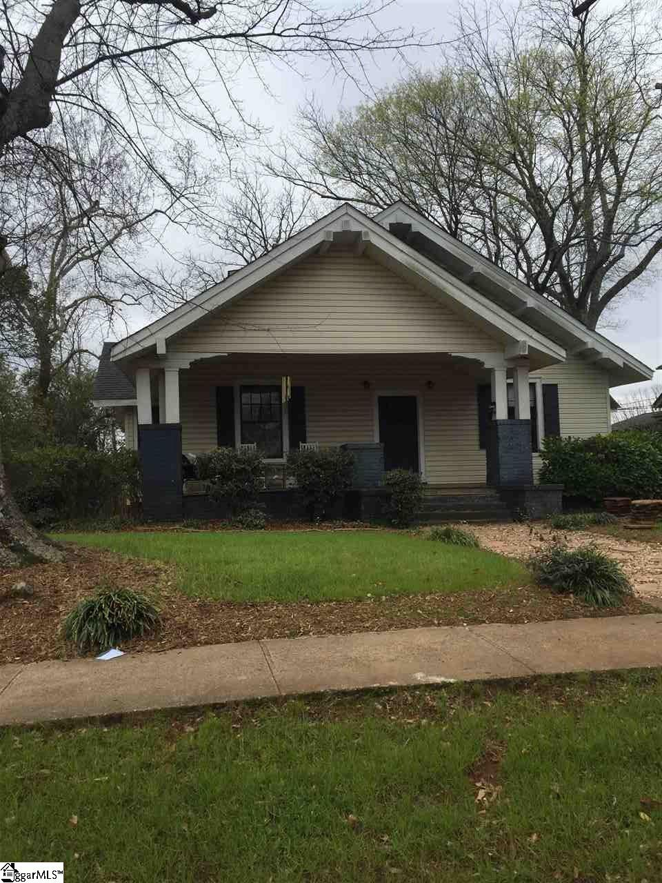 7 W Hillcrest Drive, Greenville, SC 29609