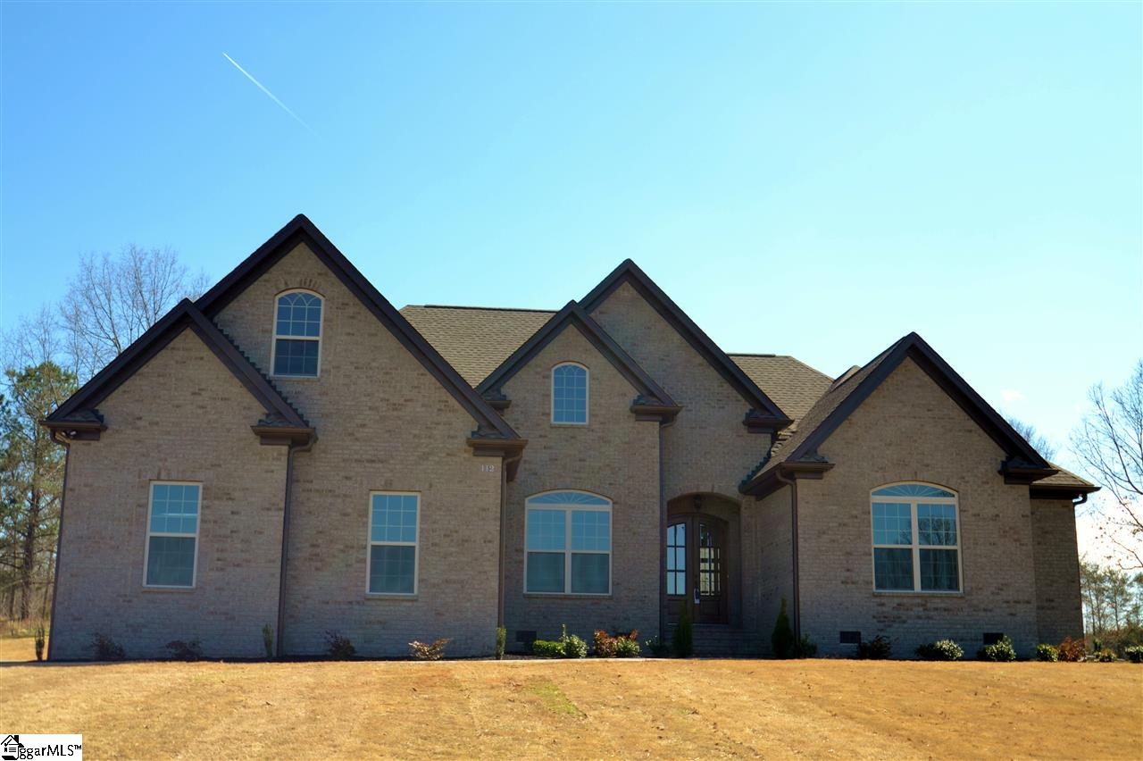112 Uncle Will Way, Wellford, SC 29385