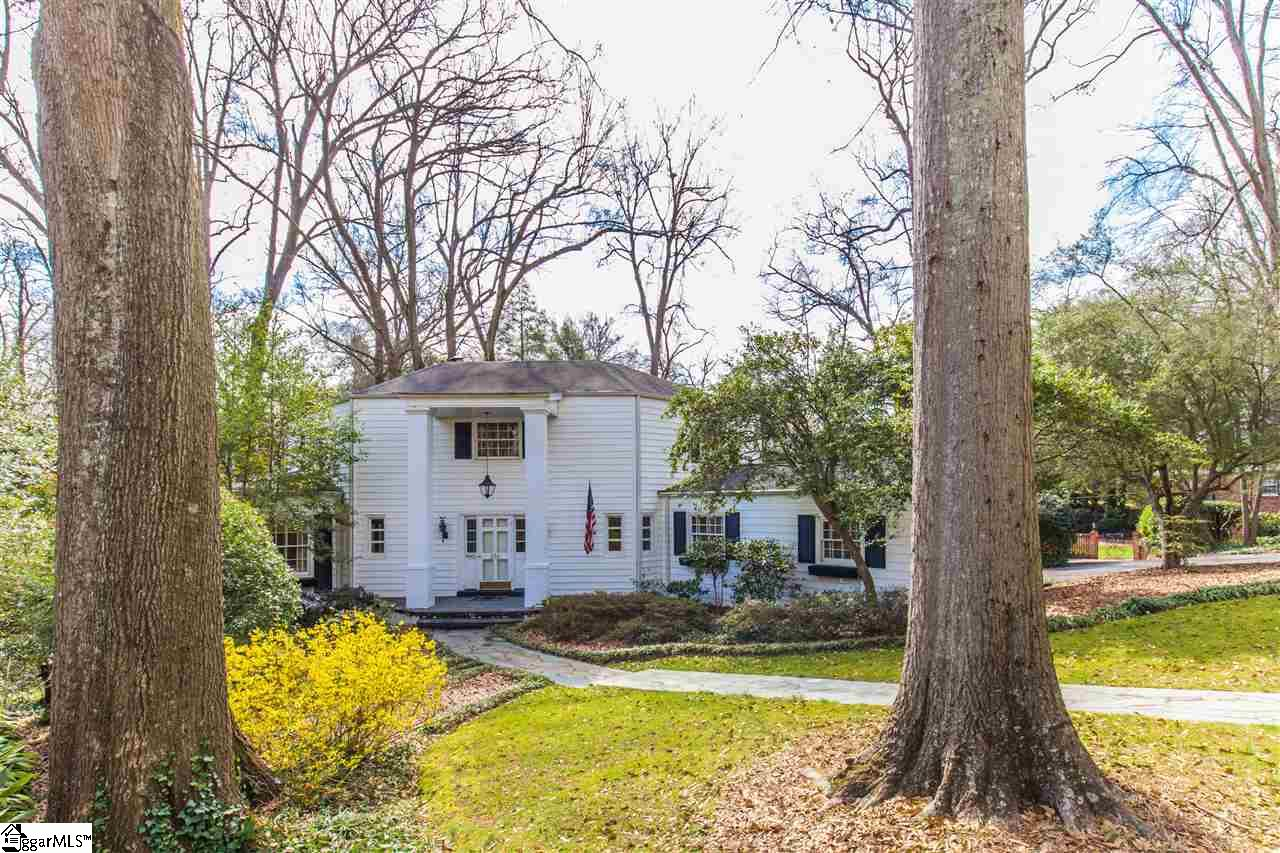 216 Pine Forest Drive, Greenville, SC 29601