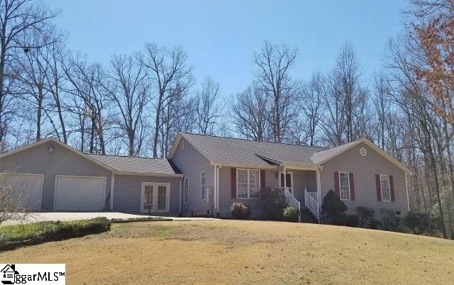 218 Robinwood Lane, Pelzer, SC 29669