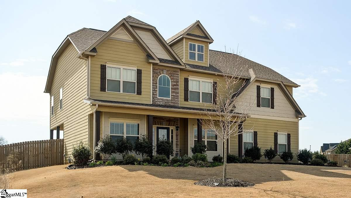 12 Ridgewater Court, Fountain Inn, SC 29644