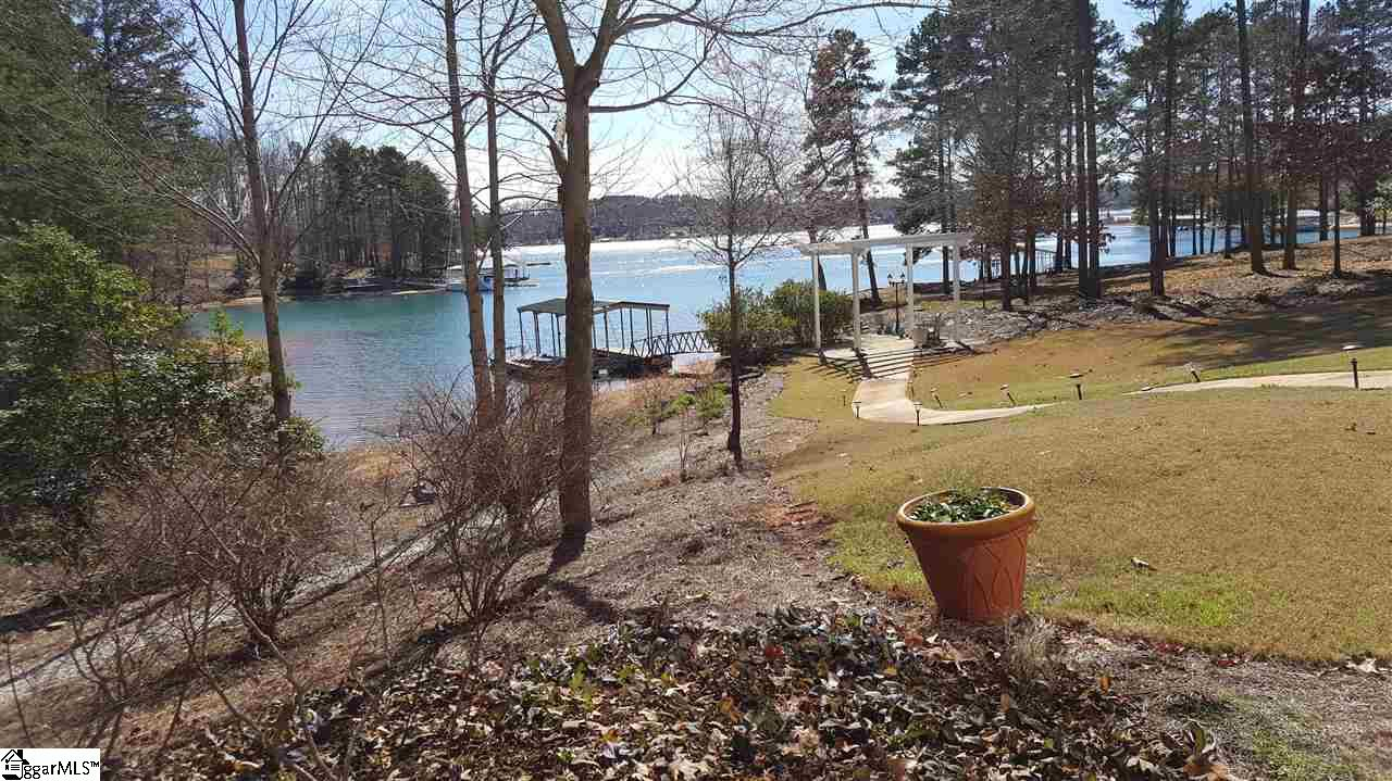 613 Lighthouse Court, Seneca, SC 29672