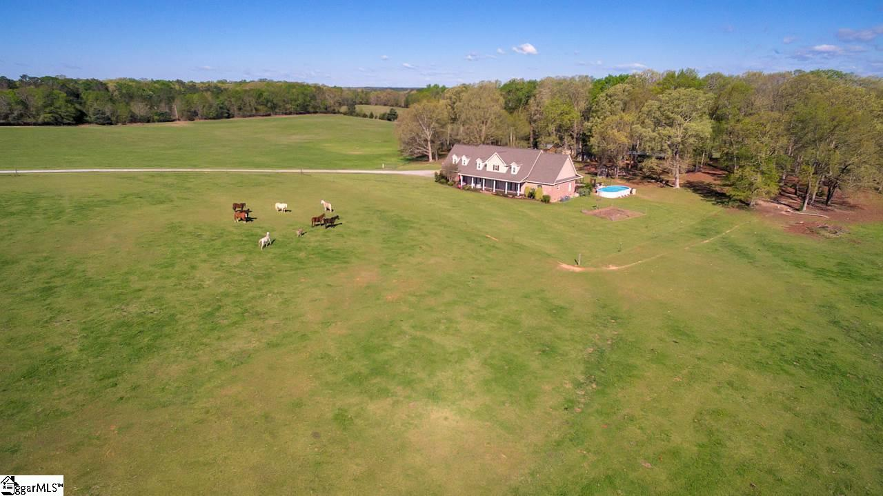 647 Gin House Road, Abbeville, SC 29620