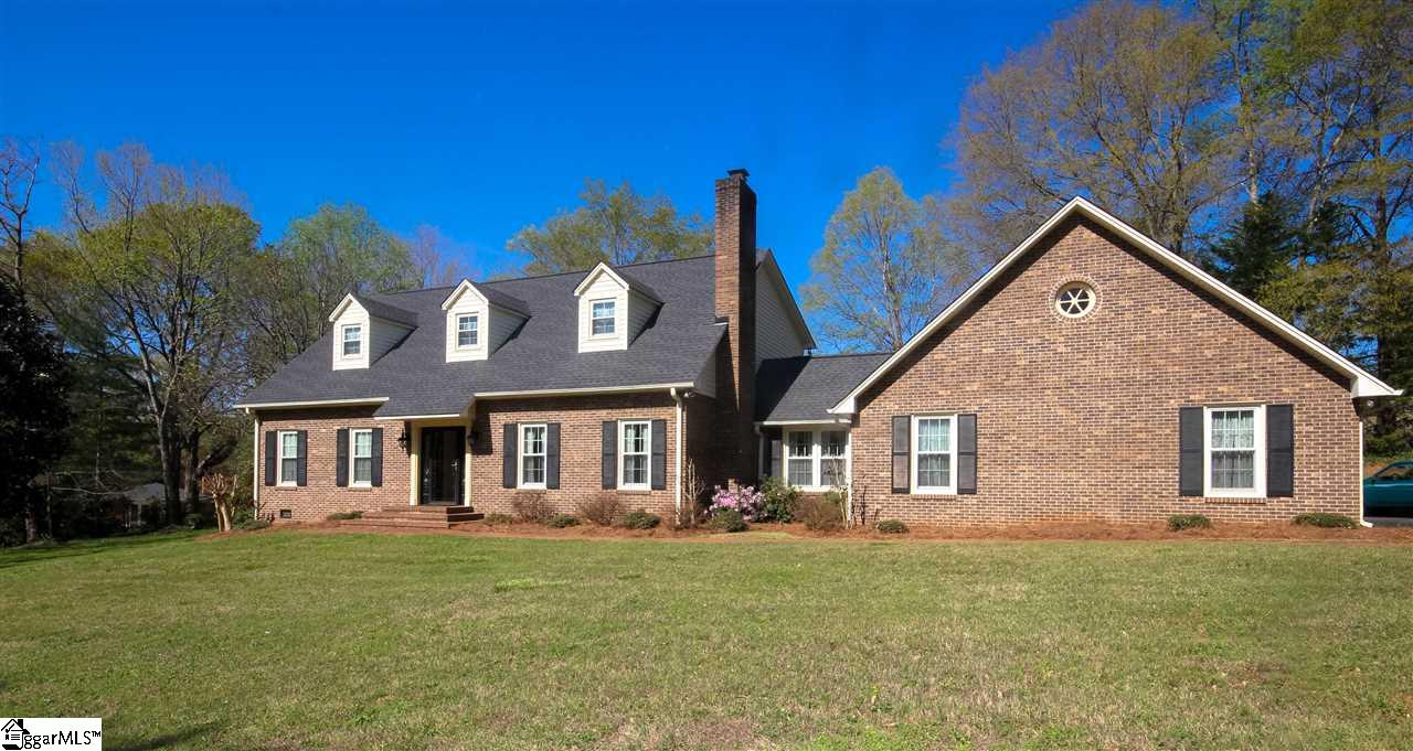 224 FOOT HILLS Road, Greenville, SC 29617