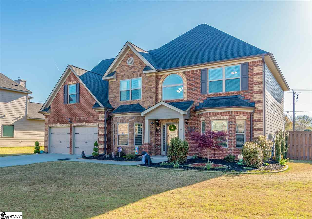 6 Governors Lake Way, Simpsonville, SC 29680