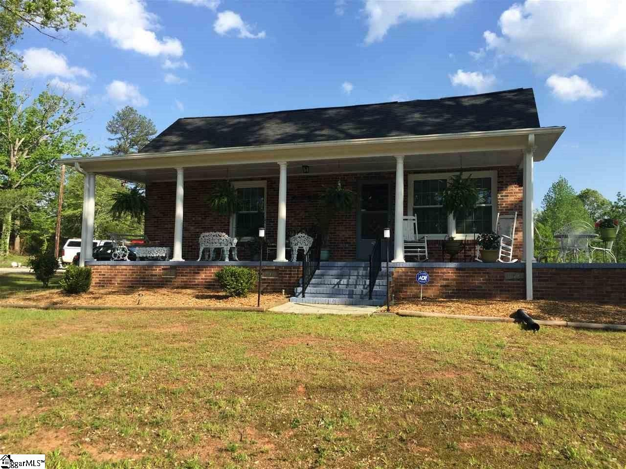 285 Tate Road, Central, SC 29630
