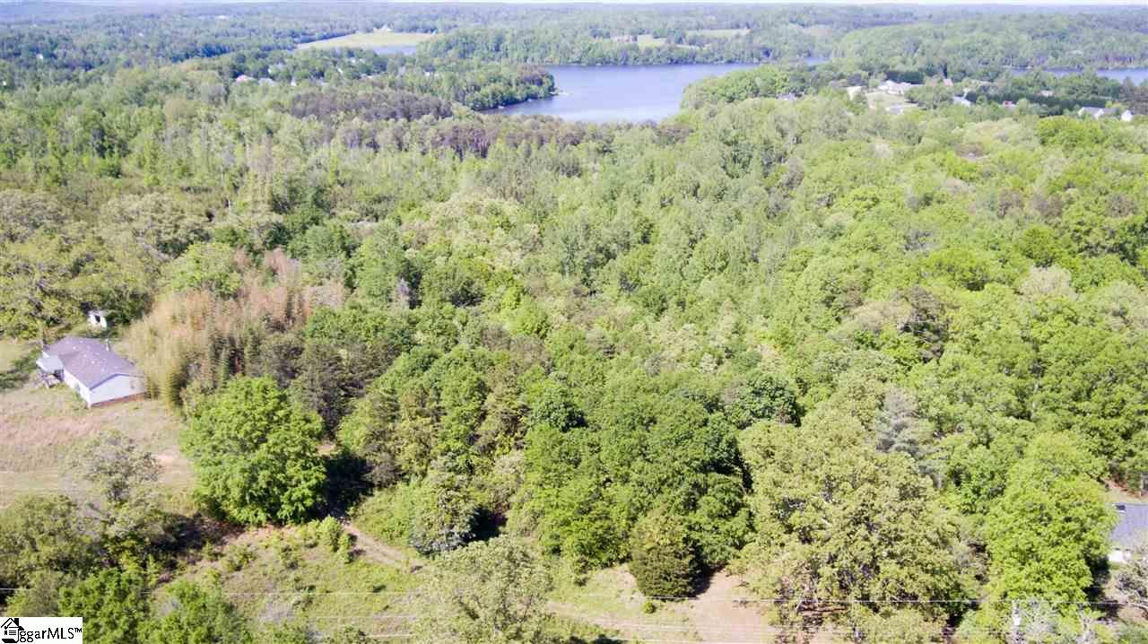 1390 Groce Meadow Road, Taylors, SC 29687