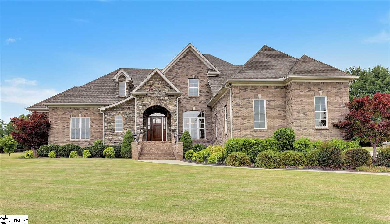 15 Meadow Trace Court, Greer, SC 29651