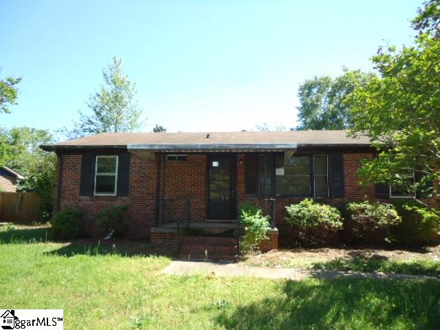 18 Prestbury Drive, Greenville, SC 29605