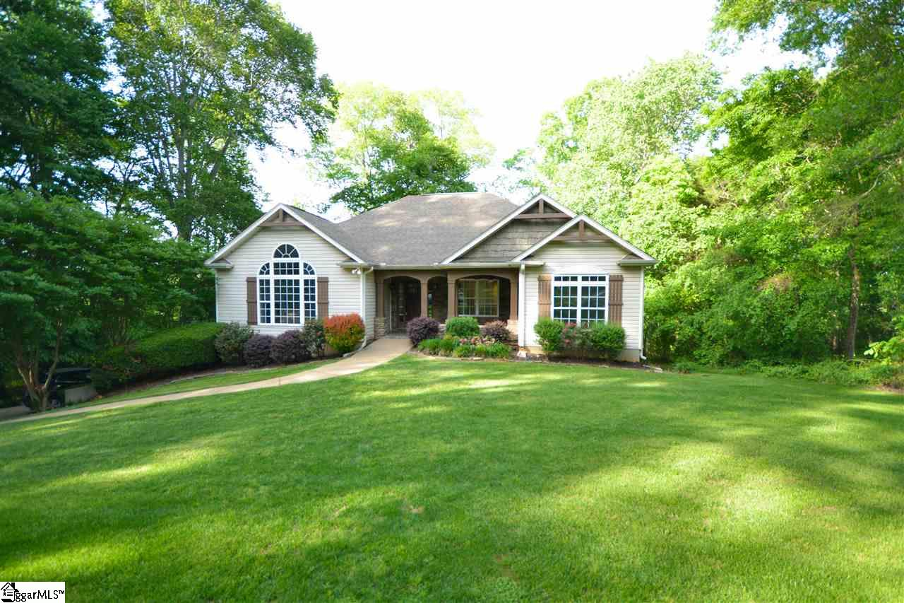 24 Carriage Drive, Greer, SC 29651