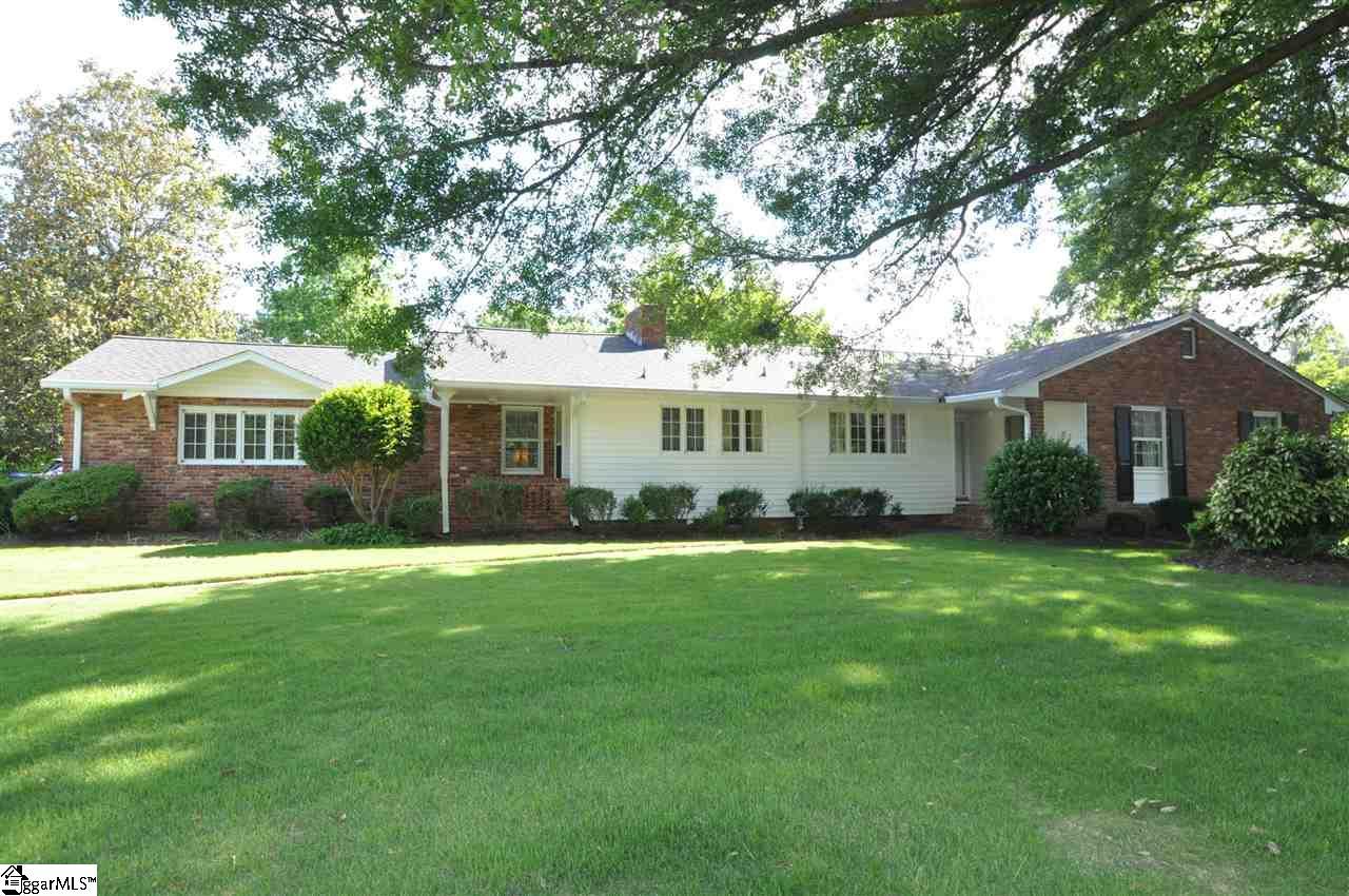 210 Beechwood Drive, Spartanburg, SC 29307