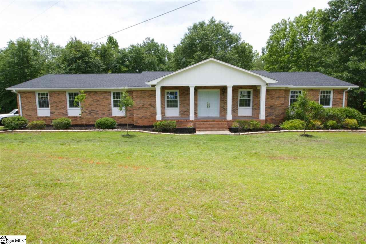 711 Cherokee, Easley, SC 29640