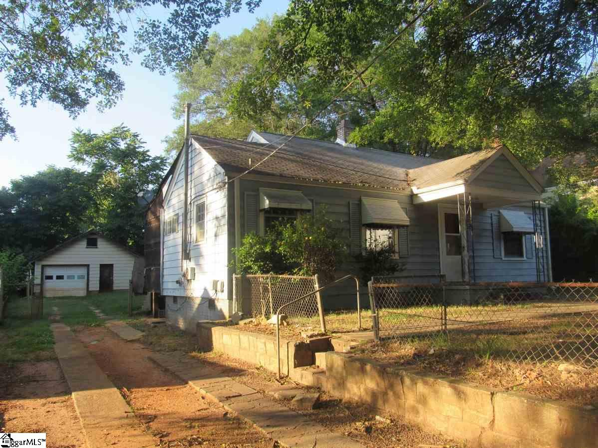 38 Gatling Avenue, Greenville, SC 29605