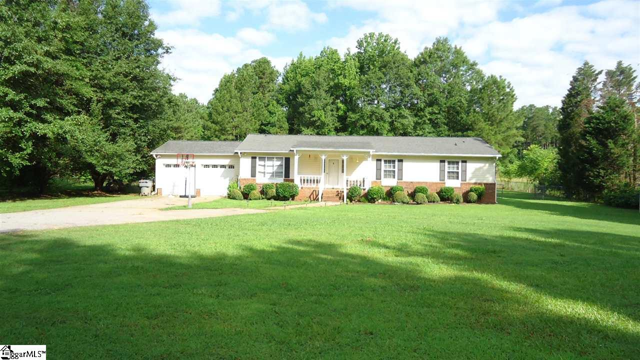 381 Grace Chapel, Enoree, SC 29335