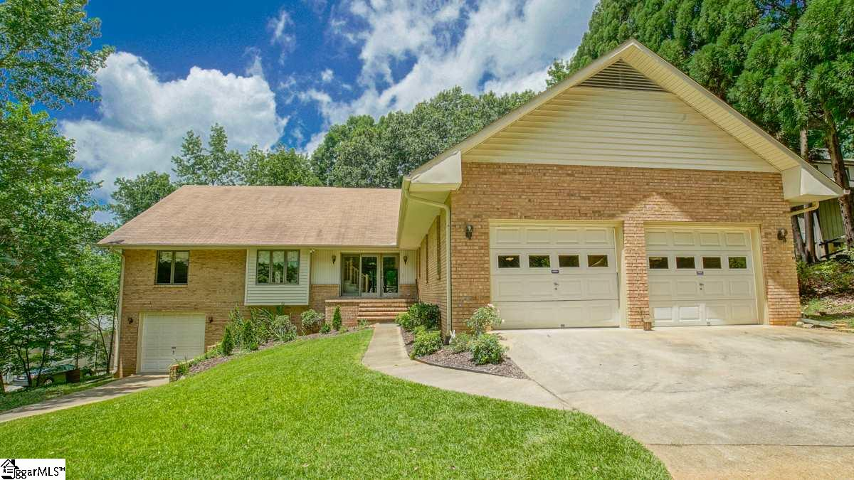 202 Westwind Harbour, Anderson, SC 29626