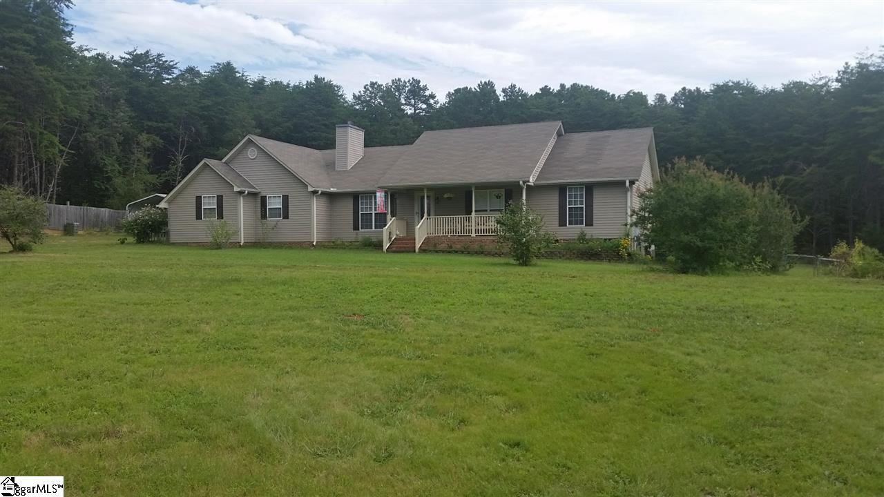 121 Holcombe, Liberty, SC 29657
