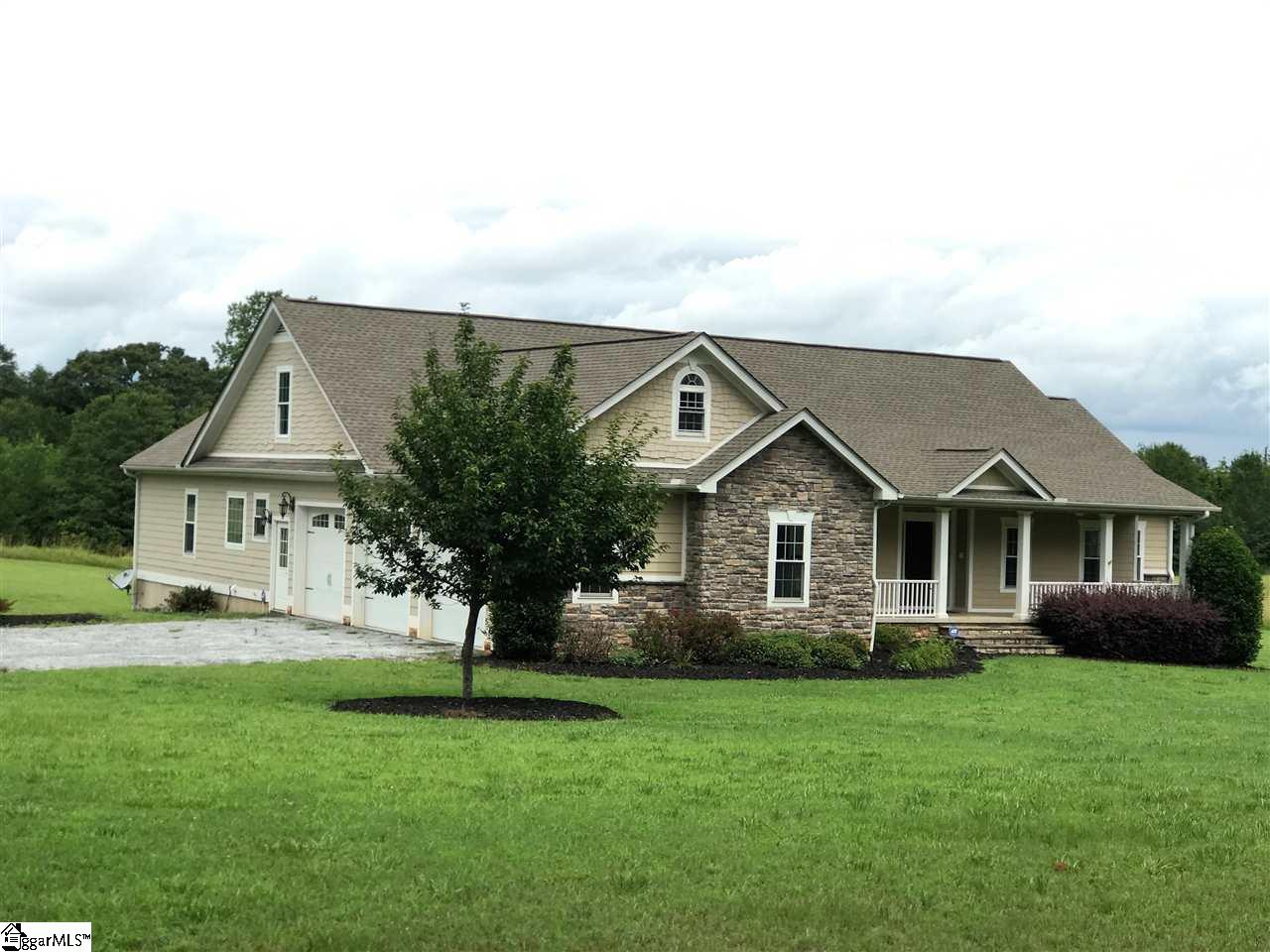 935 Gaines, Central, SC 29630