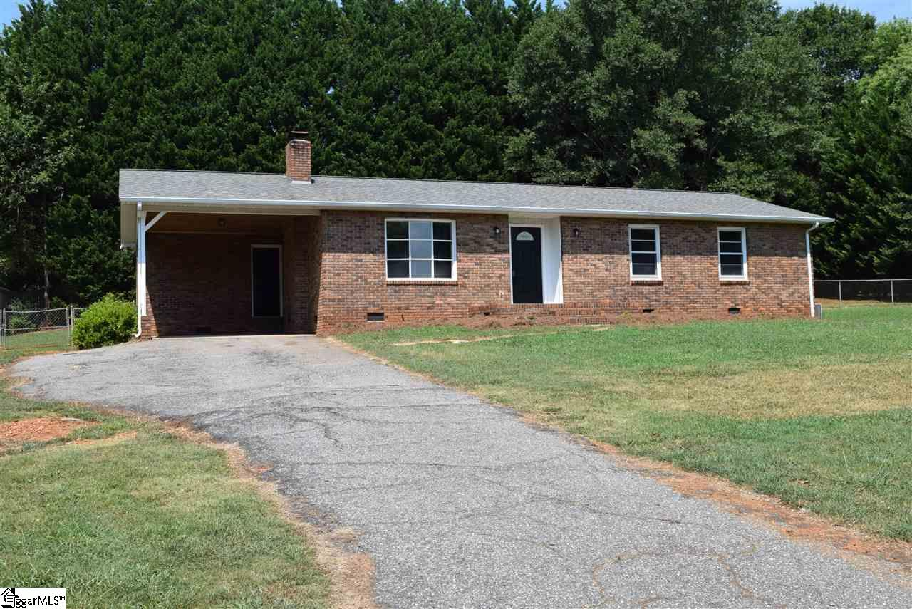 130 Briarcliff, Chesnee, SC 29323