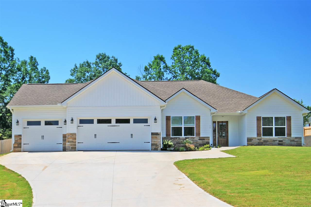 15 Spindleback, Greer, SC 29651