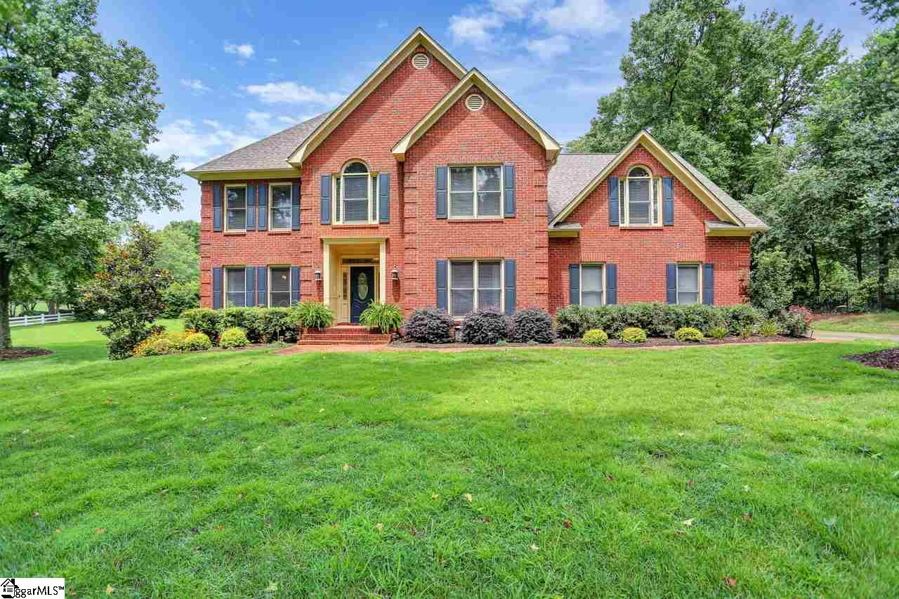 3 BLOCK HOUSE, Greenville, SC 29615