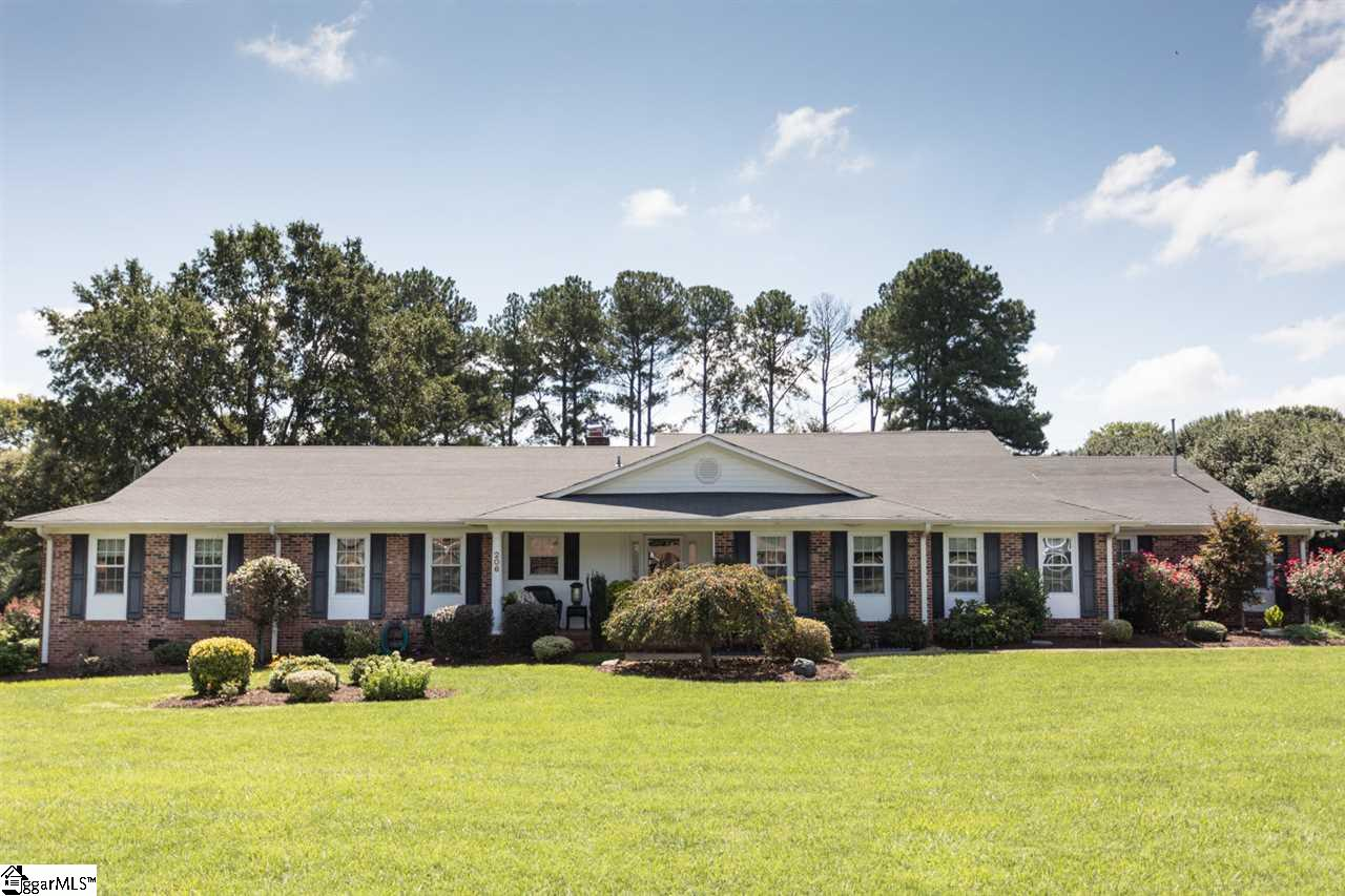 206 Redcliffe, Greenville, SC 29615
