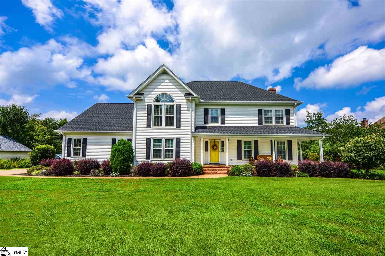 203 Shadow Ridge, Simpsonville, SC 29681