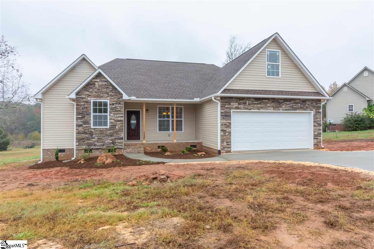 835 River Grove Circle, Roebuck, South Carolina 29376, 3 Bedrooms Bedrooms, ,2 BathroomsBathrooms,Single Family (Detached),For Sale,River Grove,1379940