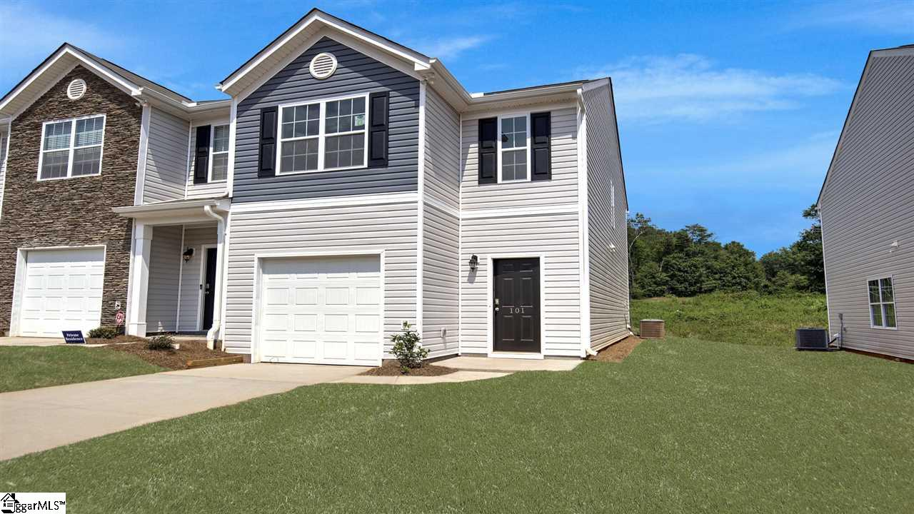 101 Moorlyn Lane, Greer, South Carolina 29650, 3 Bedrooms Bedrooms, ,2 BathroomsBathrooms,Condo/Townhouse (Attached),For Sale,Moorlyn,1385745