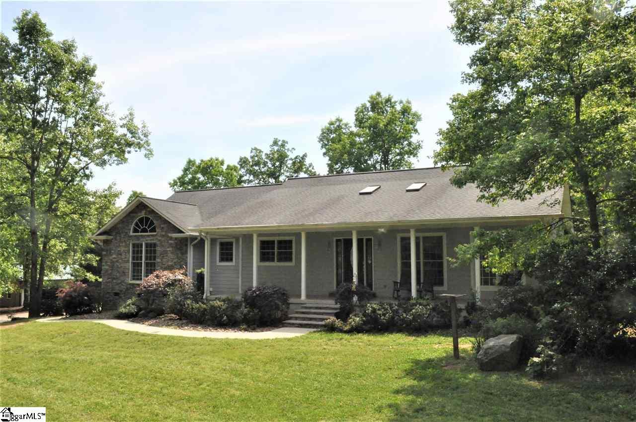 2346 Manus Chapel Rd, Mill Spring, NC, 28756