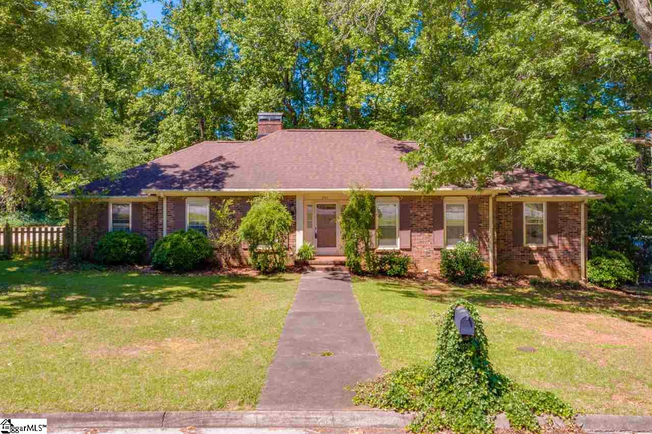 201   Winsford, Greenville in Greenville County, SC 29609 Home for Sale