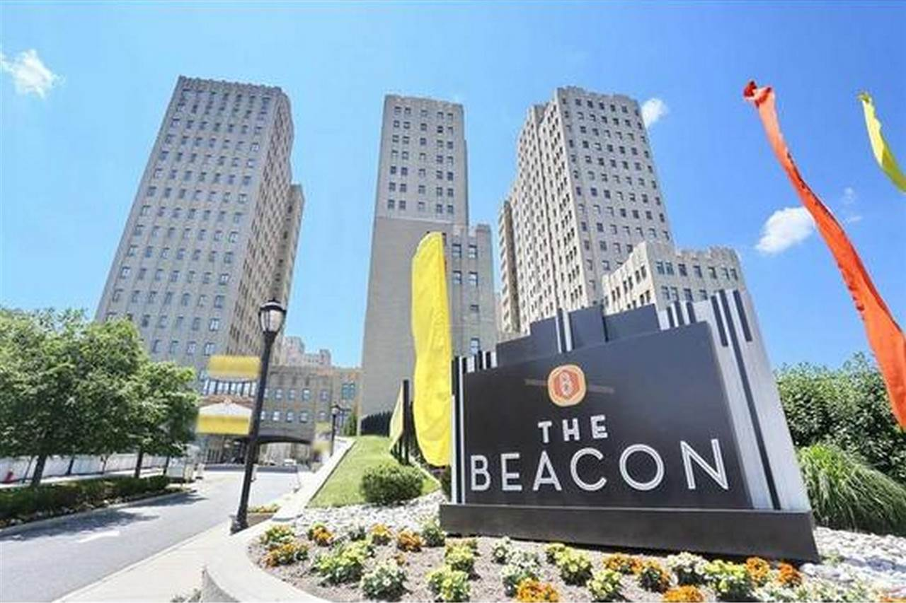 4 BEACON WAY 604, JC, Journal Square, NJ 07304